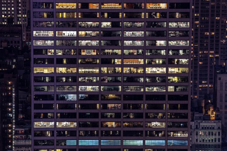 limitaciones-trabajo-nocturno-asesoria-valencia-fiscal-laboral-contable-empresas-autonomos-subvencion