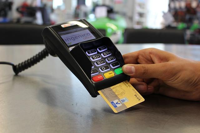30euro minimo pago con tarjeta